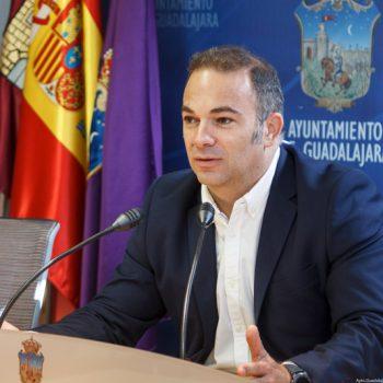 El PP propone medicalizar hoteles y replantear el presupuesto del Ayuntamiento de Guadalajara para emplear los medios necesarios contra el COVID-19