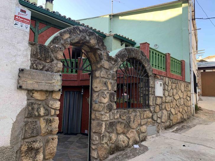 Casa Rural El Callejón, el sueño de Janusz en Albalate