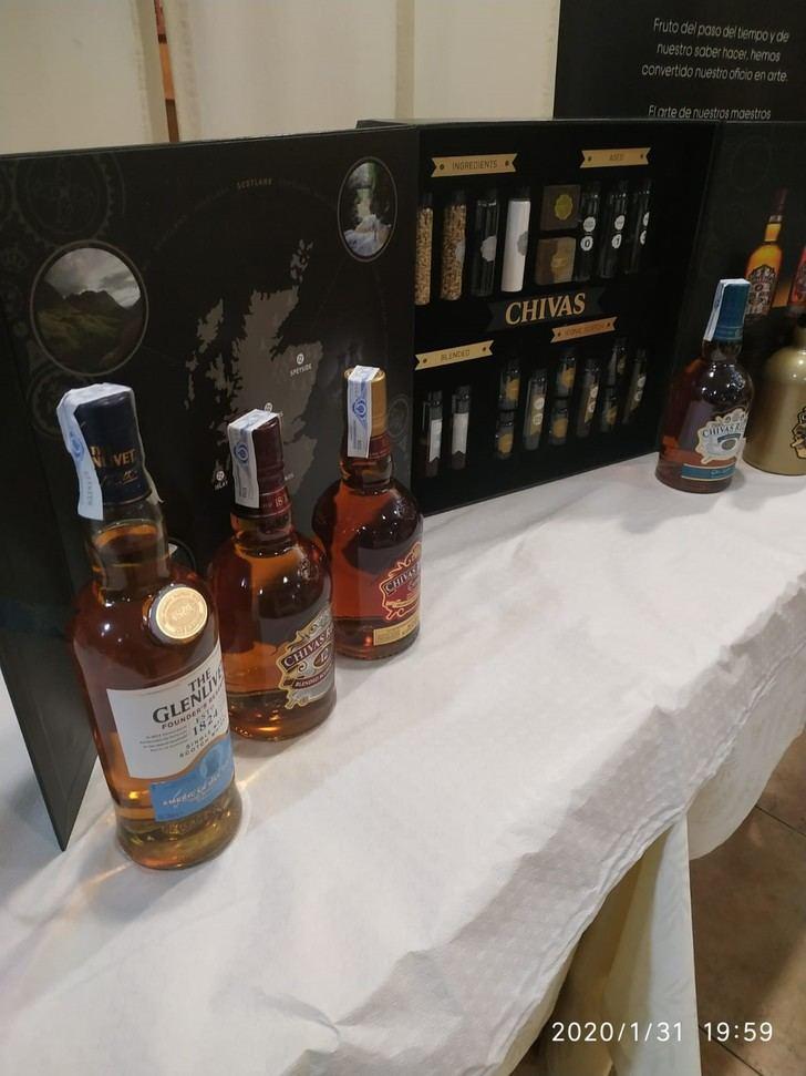 """Cata y Master Class de Whiskies en el restaurante """"El Fogón del Vallejo"""" de Alovera"""