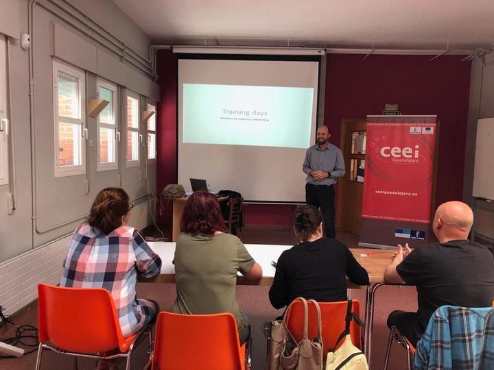 El CEEI de Guadalajara imparte en El Casar un nuevo ciclo de 'training days'