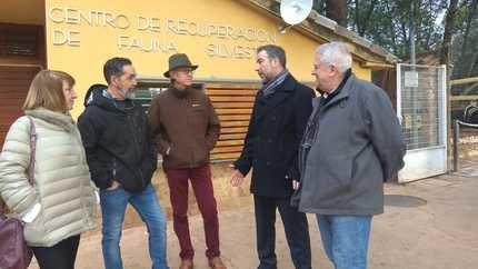 El Centro de Recuperación de Fauna Silvestre de Guadalajara recibe la visita del viceconsejero de Medio Ambiente