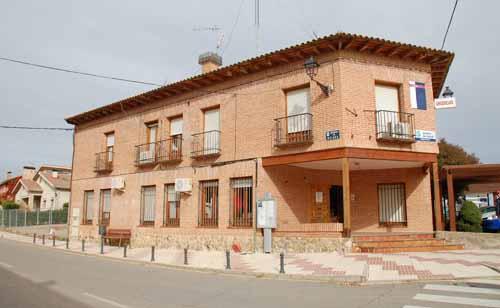 El Ayuntamiento de Yunquera de Henares vuelve a pedir a la Junta que los pacientes no tengan que esperar en la calle a ser atendidos en el Centro de Salud