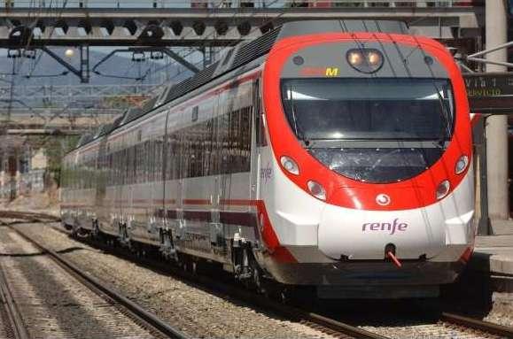 Madrid renueva el convenio con Castilla-La Mancha para el abono transporte en 2021 con una dotación de 7,7 millones