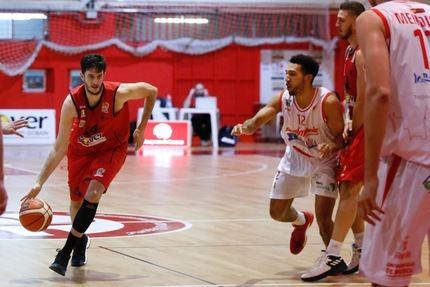 El Isover Basket Azuqueca recibe al Zamora en su debut en casa en esta segunda fase