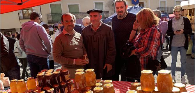 Cifuentes celebra sus XXI Ferias Tradicionales exhibiendo muestras de artesanía y gastronomía con ambientación medieval