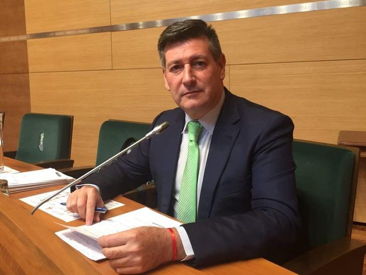 CONTIGO exige la reducción del sueldo y los salarios de los polítiocs y la reducción de cargos públicos y asesores