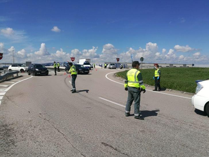 La Guardia Civil intensifica la vigilancia en los desplazamientos entre la provincia de Guadalajara y Madrid