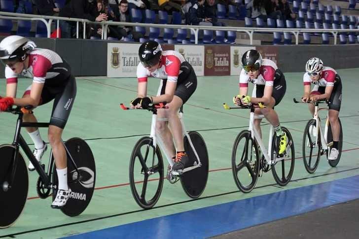 Catorce ciclistas castellanomanchegos integran la selección regional junior y cadete para la Copa de España de Pista