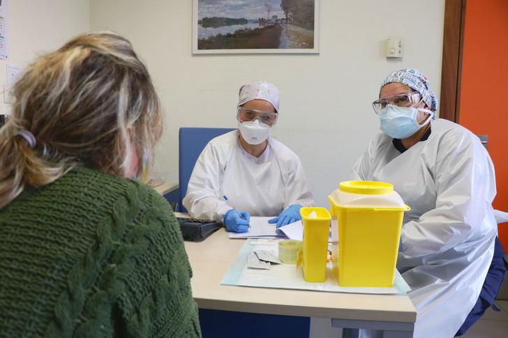 De los 180 nuevos casoss confirmados de coronavirus por PCR este jueves en Castilla La Mancha, 44 son de Guadalajara
