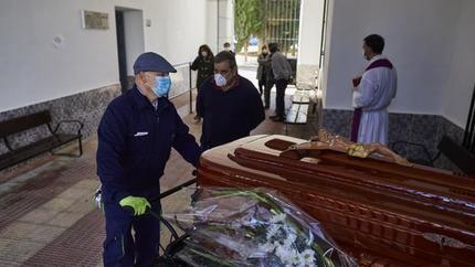 """Castilla-La Mancha registra 7.596 muertes entre el 13 de marzo y el 22 de mayo, 5.114 MÁS de """"lo esperado"""", un exceso del 206%"""