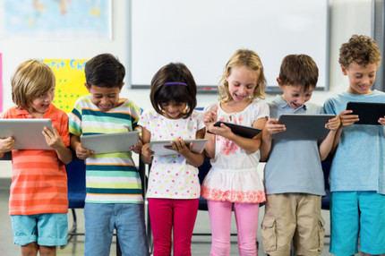 La cuarentena y las vacaciones aumentan la exposición de los niños en las redes sociales