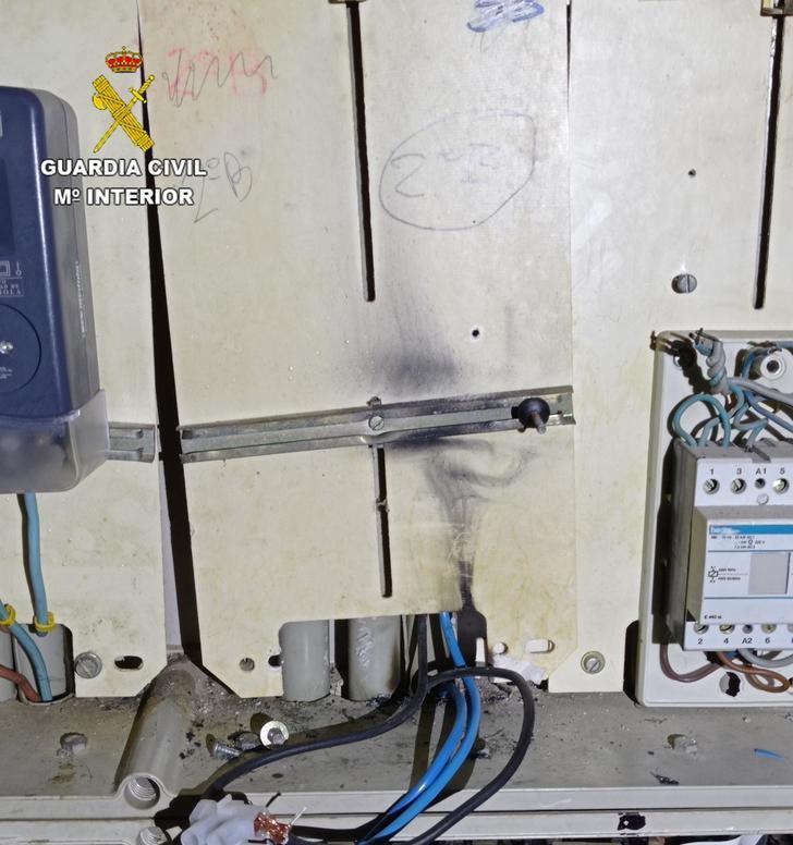 La Guardia Civil de Toledo investiga a 24 personas por defraudación de fluido eléctrico