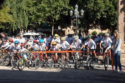 Participación récord en el Día de la Bicicleta de Sigüenza, con cuatrocientos ciclistas