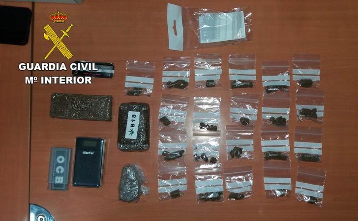 La Guardia Civil detiene a una persona por tráfico de drogas en El Casar
