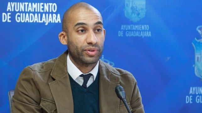 """""""Page se ha olvidado de Guadalajara en su reunión con Ábalos. No ha reivindicado proyectos vitales para nuestra ciudad"""""""