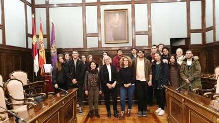 Los alumnos de la Escuela de Arte 'Elena de la Cruz' diseñarán la nueva imagen de la Diputación de Guadalajara