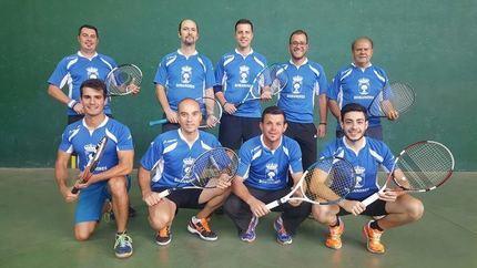 Las ligas de frontenis de Guadalajara cumplen con el primer tercio de la competición