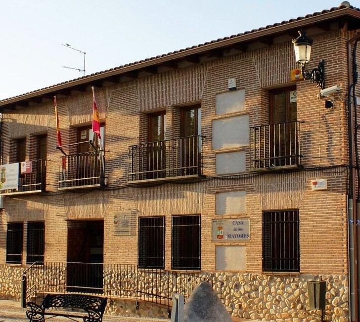 La Guardia Civil registra el Ayuntamiento de Fontanar
