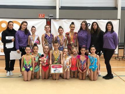 Diez gimnastas rítmicas del Esfera Cabanillas logran pase para el Campeonato de España Individual Base