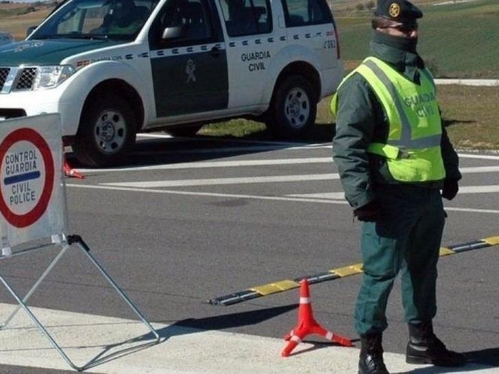 La Guardia Civil detiene a dos personas por tentativa de robo en una joyería de Azuqueca