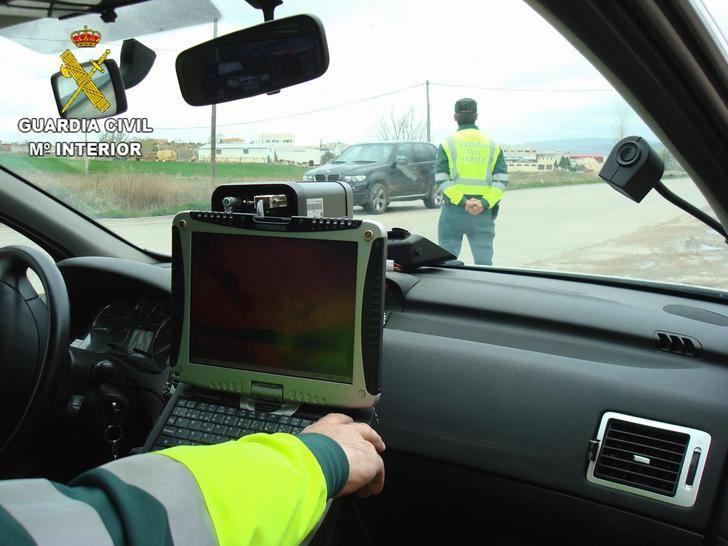 La Guardia Civil de Guadalajara investiga al conductor de una motocicleta que circulaba por la carretera CM-1008 a 194 Km/h