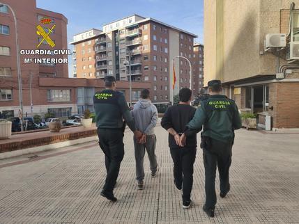 La Guardia Civil detiene a dos personas por robo en Torija