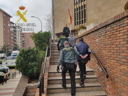 La Guardia Civil detiene a dos personas en Guadalajara por robo en Torija