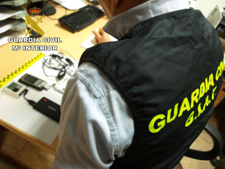 """La Guardia Civil de Guadalajara investiga a """"tres tramposos"""" en la realización de los exámenes de permiso de conducir"""