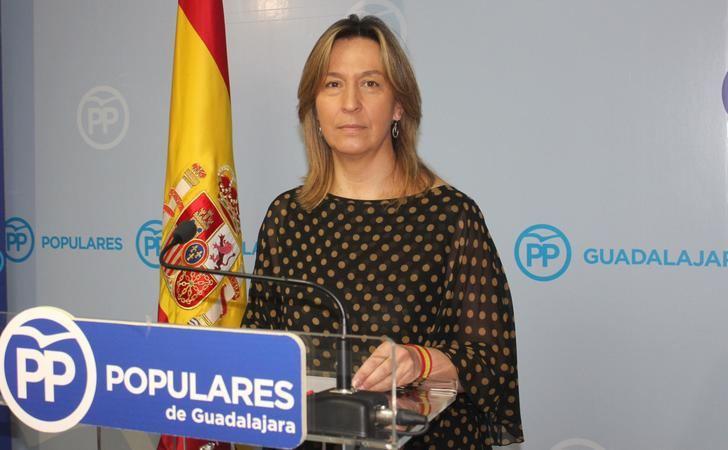 """Page """"debe tomar medidas para paliar la desesperación de las personas que se encuentran en las listas de espera en la provincia de Guadalajara"""""""