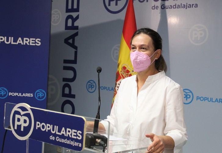 El PP continua su campaña de recogida de firmas contra la Ley Celaá y participará en la caravana de coches del próximo domingo en Guadalajara