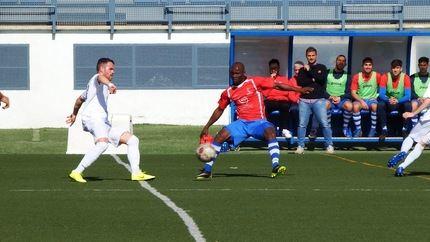 El Illescas, 2-0, superior al Hogar Alcarreño