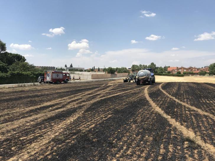 La rápida intervención de los agricultores de Pozo de Guadalajara evita que un incendio pase a mayores cerca del barrio de Montepozo