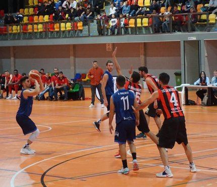 El Isover Basket Azuqueca despide 2019 con una gran victoria en Alcalá
