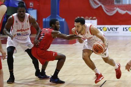 El Isover Basket Azuuqeca sigue sin estrenarse en la segunda fase
