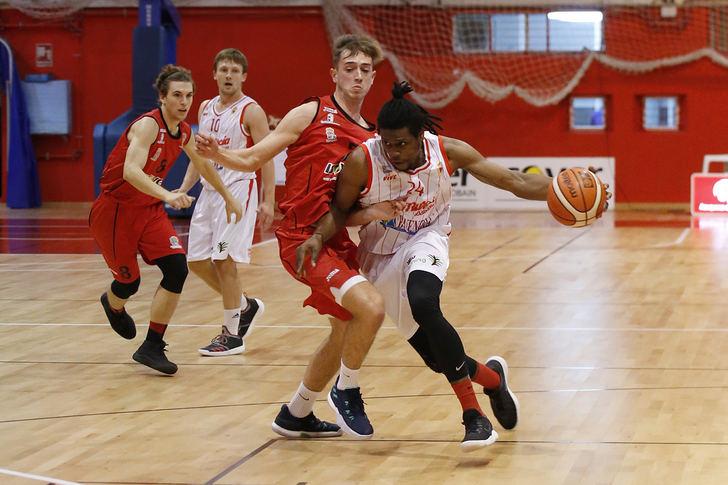 El Isover Basket Azuqueca comienza la segunda vuelta con victoria ante Morón
