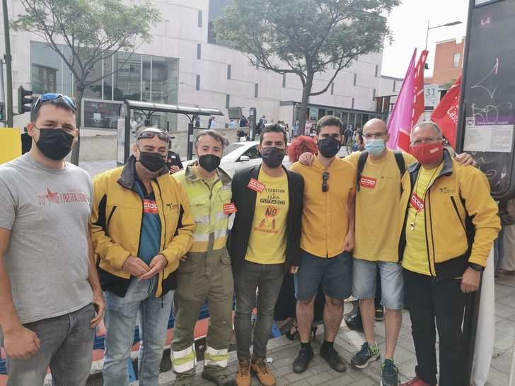 """Unidas Podemos – Izquierda Unida Guadalajara da """"plantón"""" a Page y se suman a las movilizaciones del GEACAM en el día de Castilla La Mancha"""