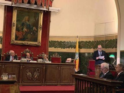 El seguntino Javier Sanz presentó en la Academia de Medicina su