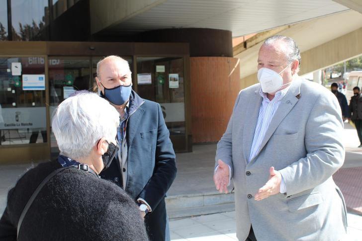 """El PP recuerda que Page sigue """"sin pedir disculpas"""" a los sanitarios tras acusarlos de hacer videos y asegurar que había respiradores """"cuando no era cierto"""""""