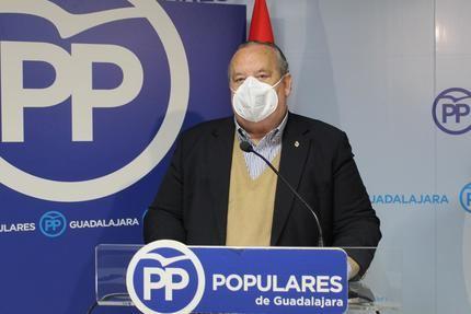 """Lamola subraya el modelo de libertad de Ayuso frente al del PSOE y Podemos """"que solo buscar prohibir y coartar las libertades a los ciudadanos"""""""