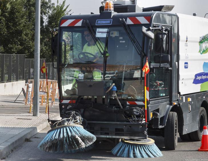 El Ayuntamiento de Guadalajara refuerza el dispositivo especial de limpieza para la fiesta de Fin de Año