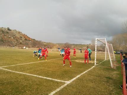 El CD Mandayona pierde su primer partido contra el CD Atlético Guadalajara B