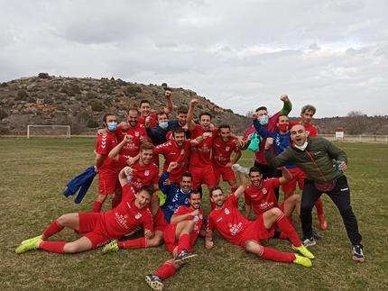 Mandayona gana en su campo 3-0 al CDE Caraquiz