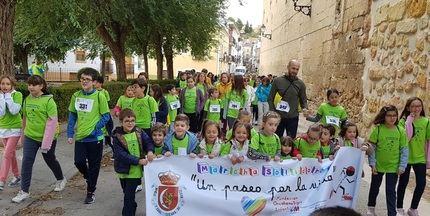"""La Marcha Solidaria """"Un Paseo por la Vida"""" se celebró con éxito pese al mal tiempo"""