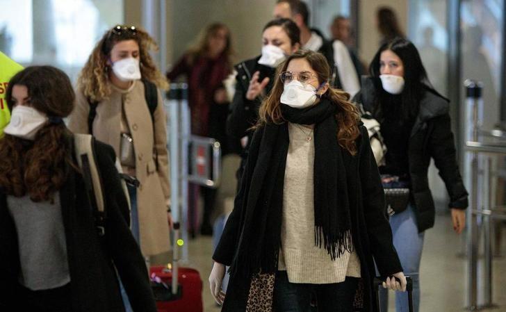 El Juzgado nº 5 de Ciudad Real anula el uso obligatorio de mascarilla en cualquier espacio y la prohibición de fumar en Alcázar de San Juan