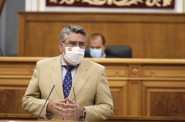 """El PP denuncia que el Gobierno de Page está colaborando activamente en el """"hachazo fiscal"""" que nos tiene preparado Pedro Sánchez a partir de enero"""