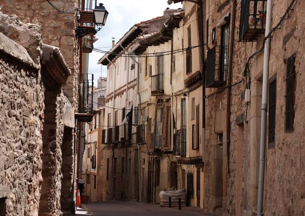 La tasa de contagios de coronavirus se dispara en Molina de Aragón, 2.381 casos de covid-19 por cada 100.000 habitantes (la media en España es de 736)