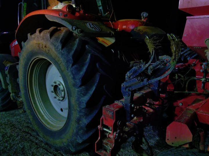 Un hombre de 63 años pierde la vida en Marchamalo tras quedar atrapado por las vertederas de su tractor