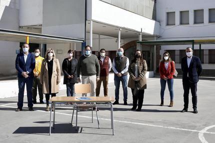 """Nuñez: """"Me comprometo con todos los maestros y profesores, que llevan cada latido de la Educación en su corazón, a construir todos juntos una Castilla-La Mancha de futuro y de libertad"""""""