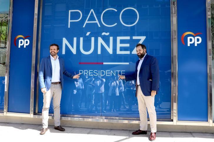 El presidente del PP-CLM, Paco Núñez, inaugura, en Toledo, la nueva sede del Partido Popular junto al presidente nacional, Pablo Casado