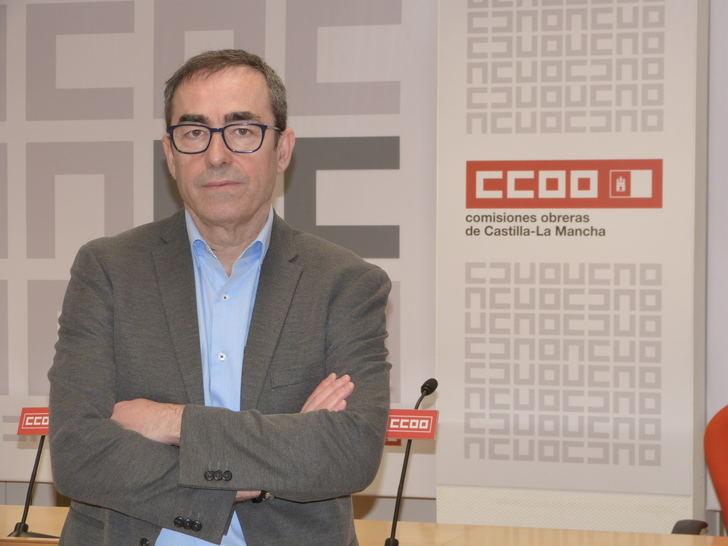 """""""Lo último que tiene que hacer alguien que pretende desbloquear un conflicto es echar leña al fuego"""", ha dicho Paco de la Rosa, al conocer las declaraciones de José Luis Escudero"""